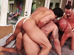 2 daddies with theirs Fucktoys