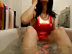 Sandralein33 Smoking in tub