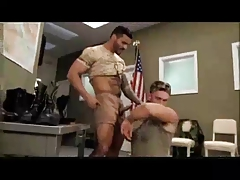 instructor -  muscle mens